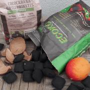 Cococabana Grillbriketts und Ecoko Mangokern-Briketts
