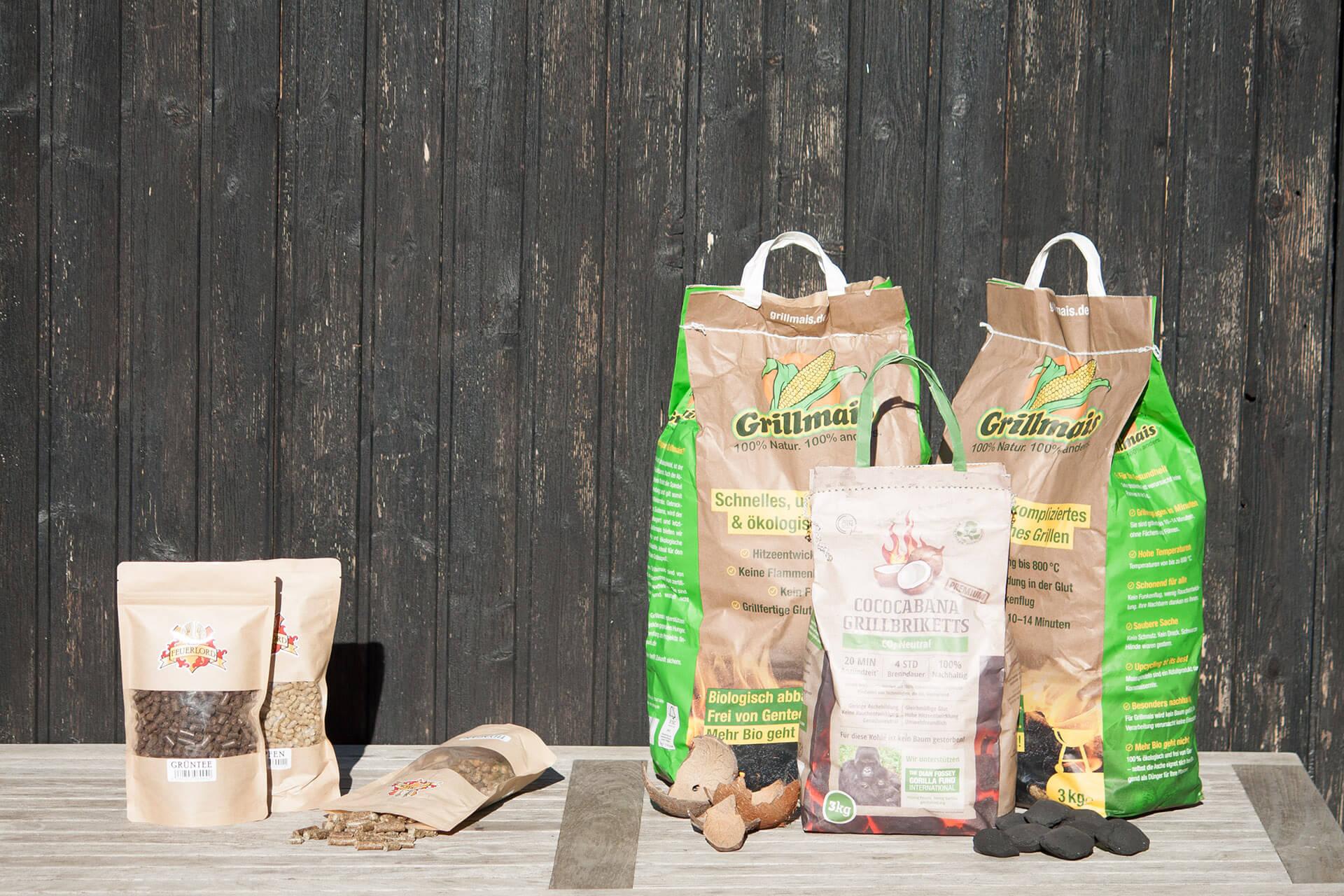 Feuerlord Produkte Grillmais, Räucherpellets und Cococabana Grillbriketts